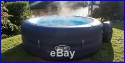 Lay-Z-Spa St Tropez Airjet 4-6 Person Hot Tub With Floating Light Brand NEW
